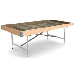 Mesa de cultivo para macetas en madera con mallazo